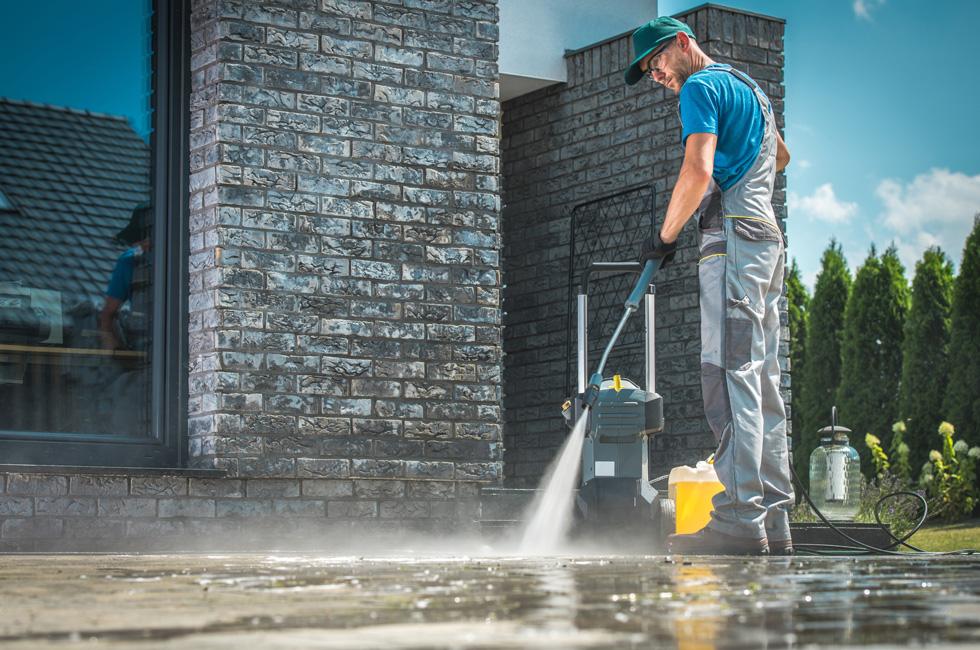 Premiers nettoyages. Nettoyage chantiers et sinistres